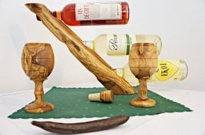 Držák na víno  z olivového dřeva na 3 láhve