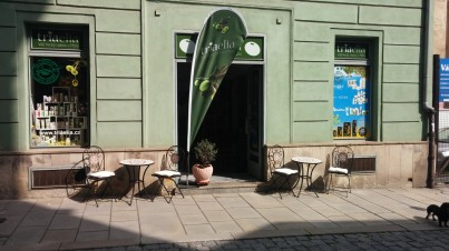 Řecký obchod v Plzni