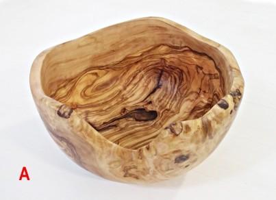 Rustikální salátová mísa z olivového dřeva  22 cm - tvar A
