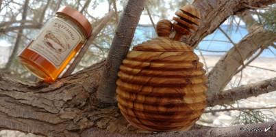 Dóza a lžička na med  z olivového dřeva 9 cm